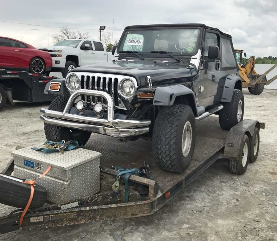 WARN 2018 Ultimate Adventure Build: Jeep Wrangler Unlimited (LJ)