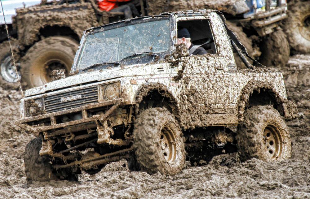 Suzuki Samurai in the mud