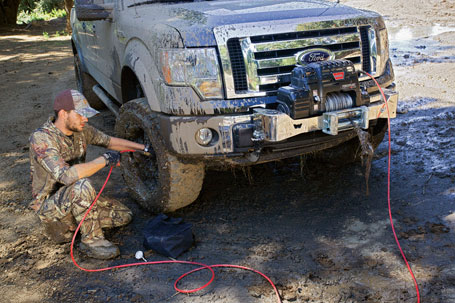 Hunter airing up tires with WARN PowerPlant